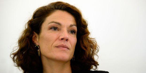 """Chantal Jouanno se retire du """"grand débat national"""" après une polémique sur son salaire Chantal-Jouanno-annonce-qu-elle-se-retire-du-grand-debat-national"""