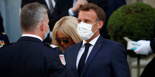 Emmanuel Macron a rassuré les militaires sur les moyens financiers futurs qui leur seront accordés.