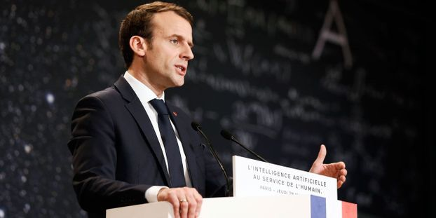 Macron   les véhicules quasi-autonomes pourront être expérimentés à partir  de 2019 07bed72251b5