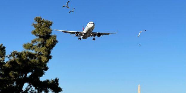 Les liaisons aériennes intérieures entre Paris (Orly) et Nantes, Lyon ou Bordeaux, sont menacées.