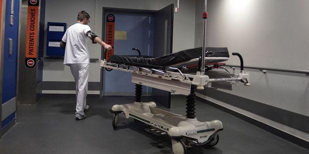 """""""On est au bord du drame"""" : l'alerte de 660 médecins sur la situation """"terrible"""" de l'hôpital"""