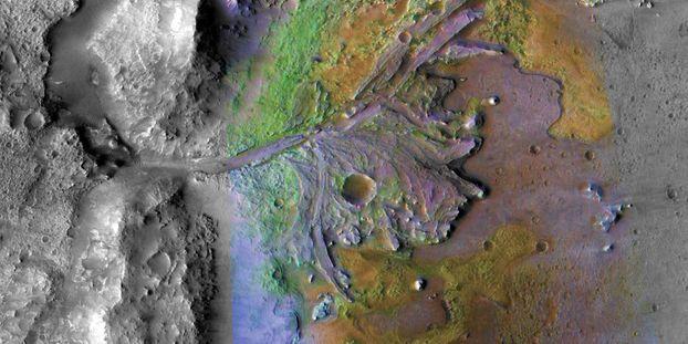 Les premiers colons spatiaux trouveront-ils de l'eau sur Mars ?