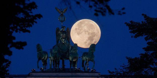 une super lune bleue dans la nuit du 31 janvier