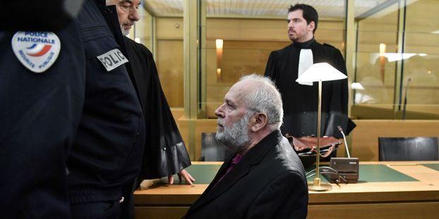 """Fin du procès Preynat : """"Il y a une nécessité d'enfermer cette personne"""", juge l'une des victimes"""