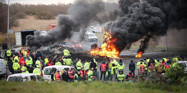 """Blocage du port du Havre : """"Ils sont en train de faire crever des entreprises"""""""