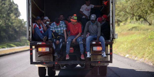 Calais : un routier condamné à deux ans de prison pour avoir transporté vingt migrants dans sa camionnette