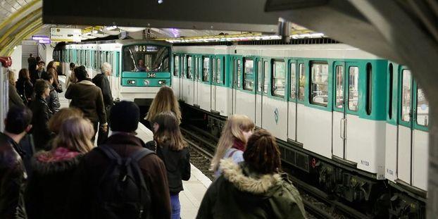 Crack Dans Le Metro Des Stations Plus Desservies Par Securite