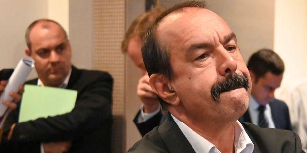 Des militants CGT coupent le courant au siège de la CFDT... et plongent Philippe Martinez dans l'embarras