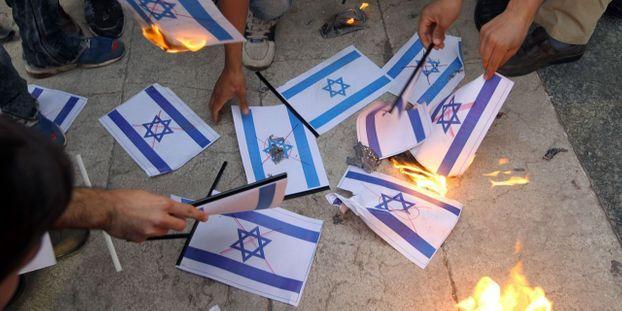 Faut-il lutter contre l'antisionisme pour vaincre l'antisémitisme ?
