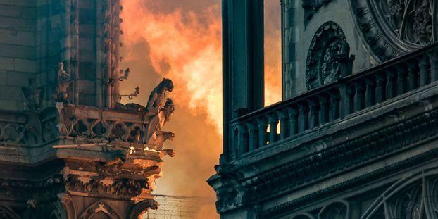 horloge parlante - Page 16 Incendie-a-Notre-Dame-de-Paris-les-oeuvres-qui-ont-pu-etre-sauvees-et-celles-qui-ont-ete-detruites