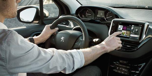Peugeot 208 Un Sacre Numero