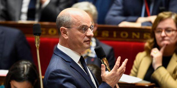 Portable interdit à l école   Jean-Michel Blanquer défend