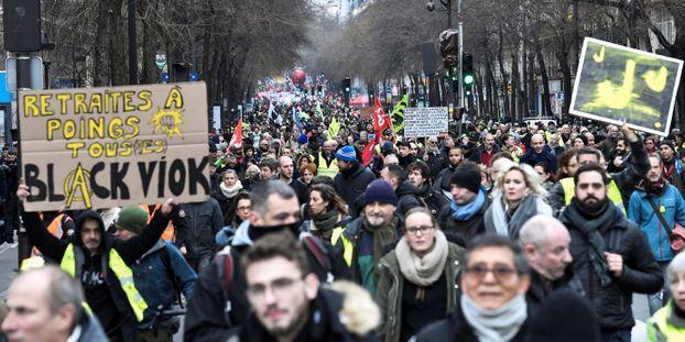 Retraites : une petite majorité de Français toujours favorable à la mobilisation