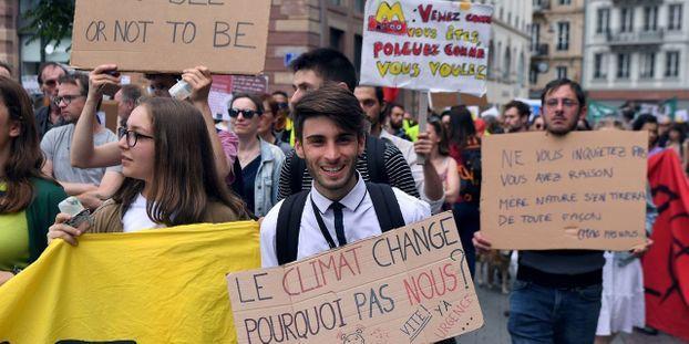 Tribune : agriculteurs, ONG et syndicats unis face à l'urgence climatique et sociale