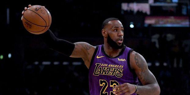 1b9c8ee3193c Basket-NBA   LeBron James dépasse Wilt Chamberlain et entre dans le top 5  des marqueurs