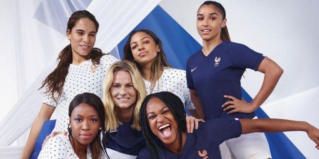 0c5237d332c Football   découvrez le maillot des Bleues pour la Coupe du monde