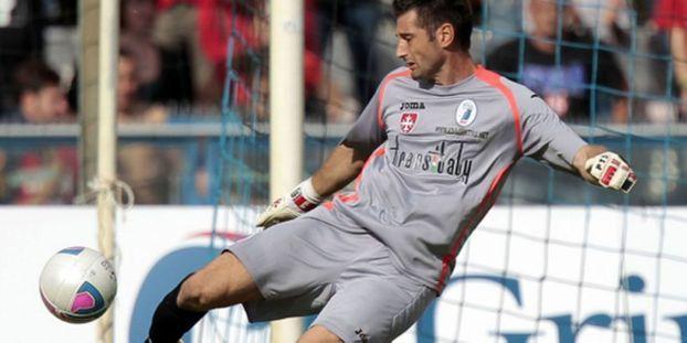 Foot Italie Le Gardien D Empoli Debute En Serie A A 39 Ans