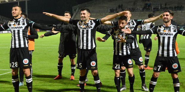 Sco Angers Calendrier.Ligue 1 Le Sco D Angers Drole De Troisieme
