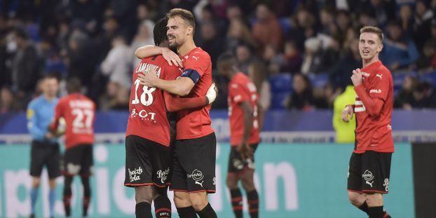 Ligue 1 : Lyon perd à domicile contre Rennes, Strasbourg s'impose à Bordeaux