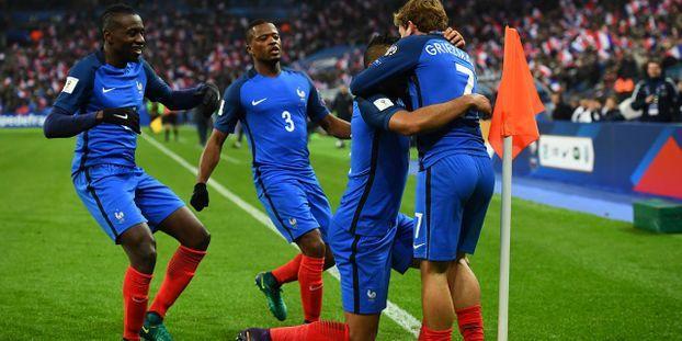 Qualifications Mondial 2018 La France Renverse La Suede 2 1 Et Prend Seule La Tete Du Groupe A