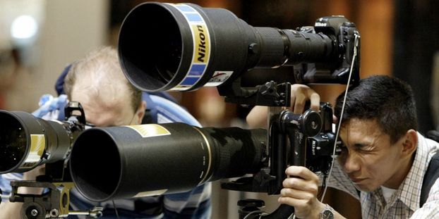 """Grâce aux """"méta-lens"""", les téléobjectifs des appareils photo deviennent ultraplats"""