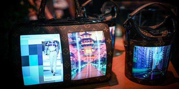 VIDÉO - Des écrans sur des sacs à main Louis Vuitton