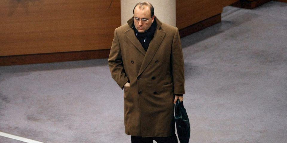24 heures après son apparition, Julien Dray disparaît déjà du comité politique de Vincent Peillon