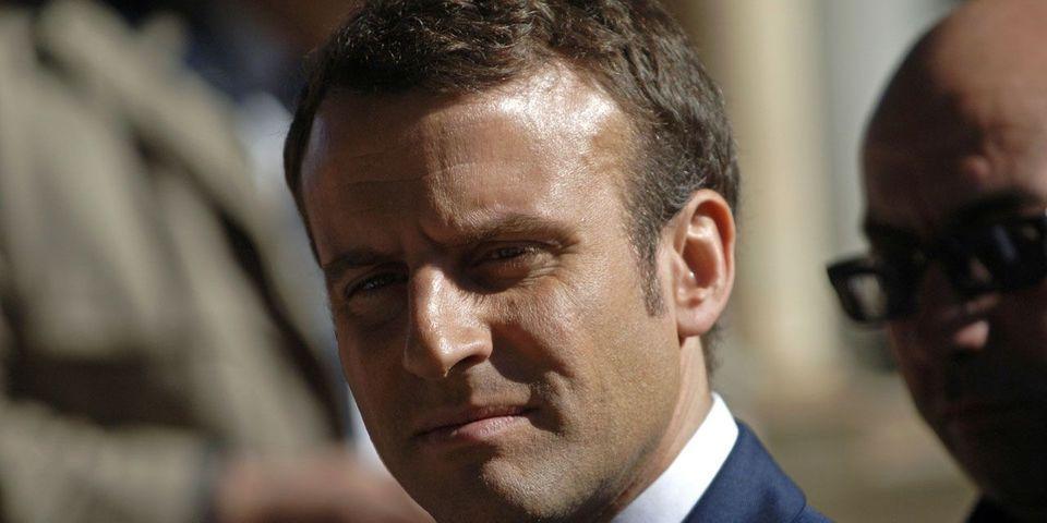 """À Alger, Emmanuel Macron qualifie la colonisation française de """"crime contre l'humanité"""""""