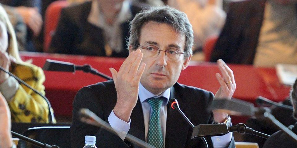 A Neuilly, l'opposition accuse le maire Jean-Christophe Fromantin de la museler par un nouveau règlement intérieur