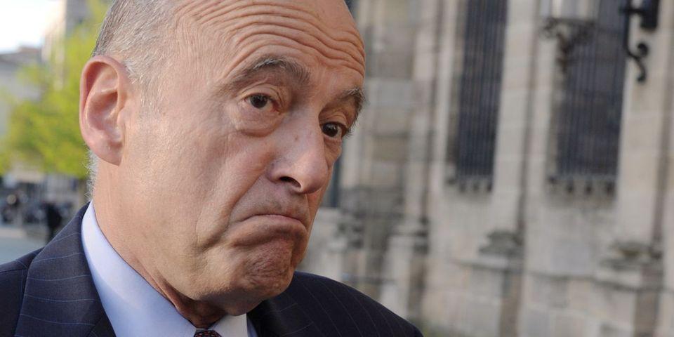 """Alain Juppé refuse de commenter la décision de François Hollande parce qu'il est """"en cure"""""""