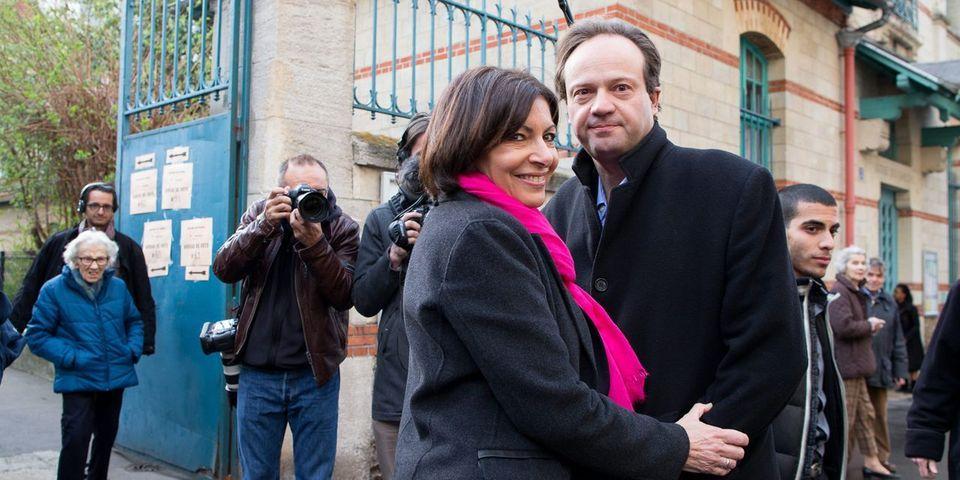 Anne Hidalgo accuse Canal Plus d'avoir voulu organiser un débat entre son mari et celui de NKM