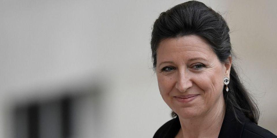 """Après 5 jours de polémique, Agnès Buzyn dément avoir """"envisagé"""" ou """"évoqué"""" l'interdiction de la cigarette dans les films français"""