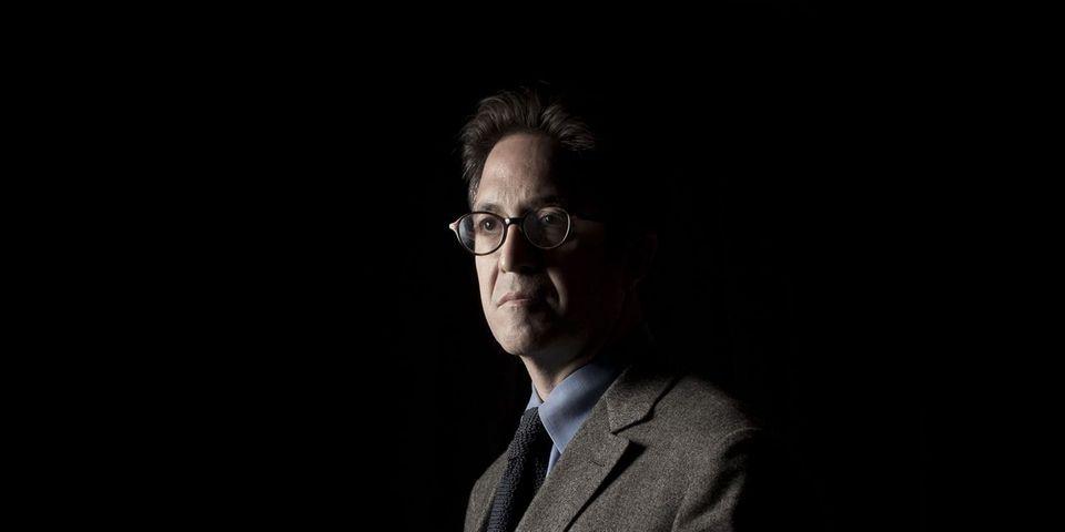 """D'après """"Le Canard Enchaîné"""", Aquilino Morelle a reçu 70.000 euros d'avance pour son livre qui, selon lui, fait déjà """"trembler"""" François Hollande"""
