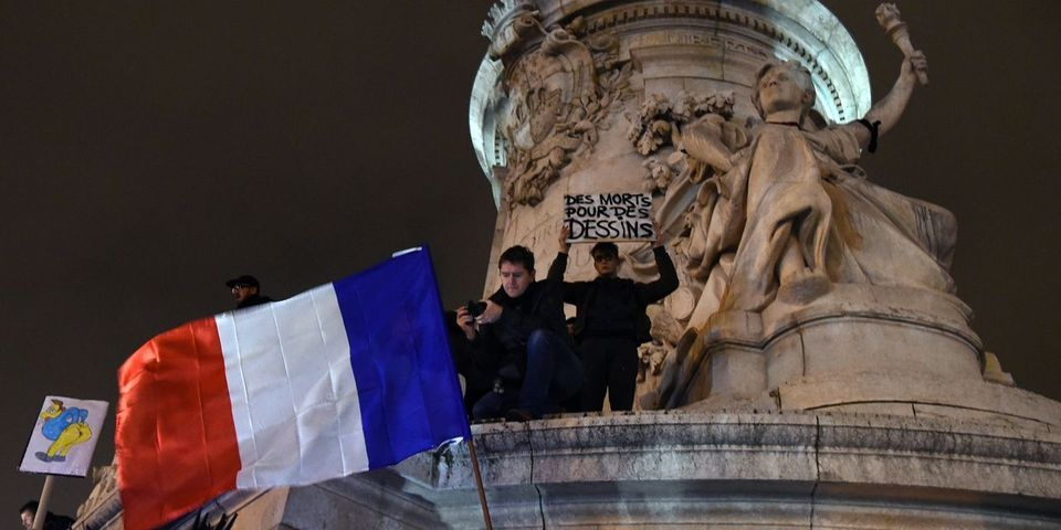 Attentat contre Charlie Hebdo : François Hollande annonce une journée de deuil national jeudi 8 janvier