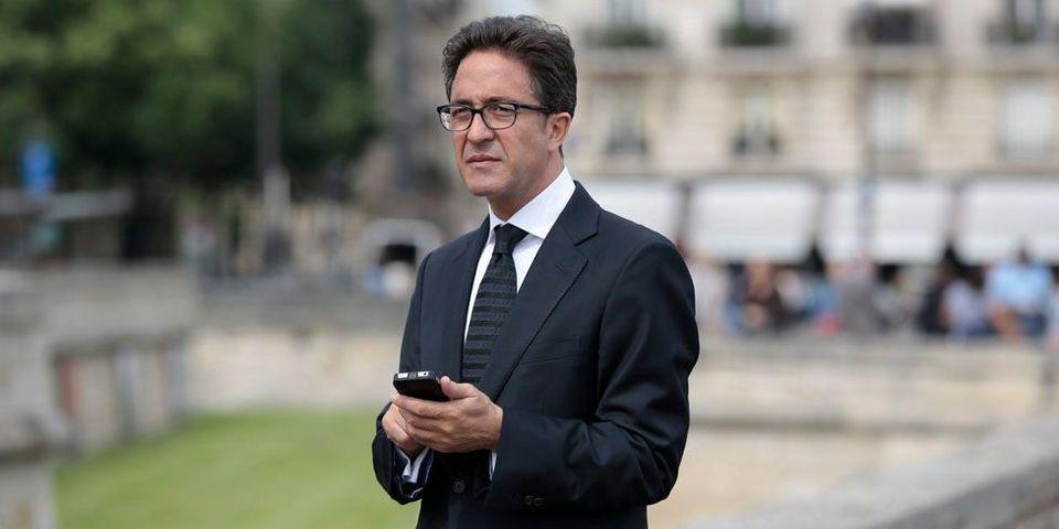 """""""Aucun conseiller dans les médias"""" : Aquilino Morelle, conseiller politique de François Hollande, reçoit la presse à l'Elysée"""