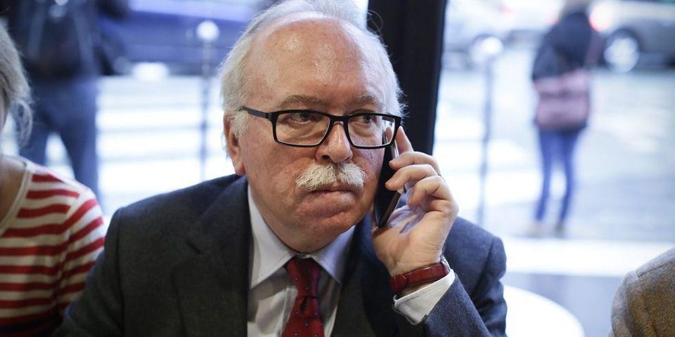 """Avec 100.000 euros par an, le candidat FN à Paris dit """"ne pas très bien gagner sa vie"""""""