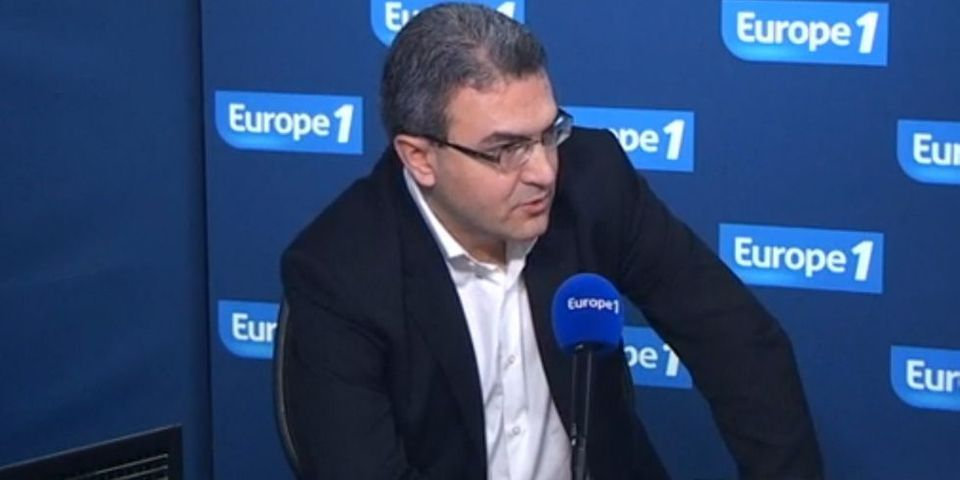 """Aymeric Chauprade, tête de liste FN aux européennes, revient sur """"les choses douteuses dans la version officielle"""" des attentats du 11-Septembre"""