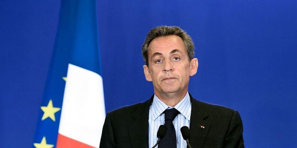 """Bayrou, c'est comme le Sida"" : la com' de crise en trois actes de Nicolas Sarkozy"