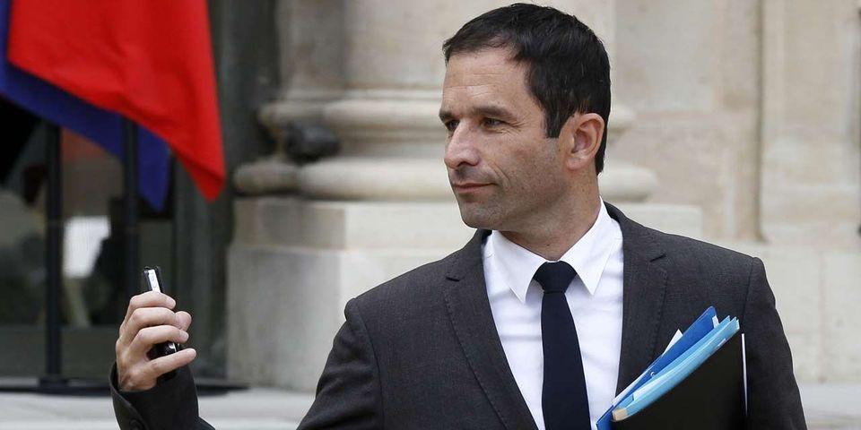 Benoît Hamon annonce un remaniement pour lundi 31 mars
