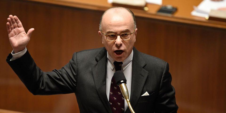 Bernard Cazeneuve propose un débat parlementaire sur le controversé mégafichier des Français