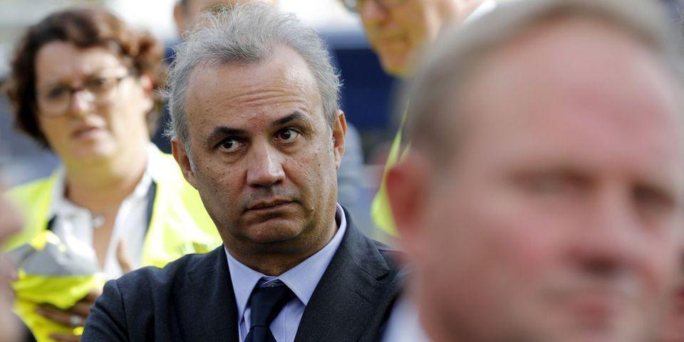 """Bruno Roger-Petit, porte-parole de l'Élysée, explique qu'il est interdit de """"bavardages"""" avec la presse"""