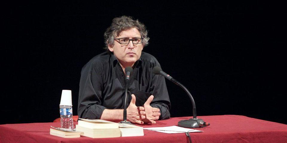 """""""Ça s'appelle un crétin"""" : le philosophe Michel Onfray répond aux critiques de Manuel Valls"""