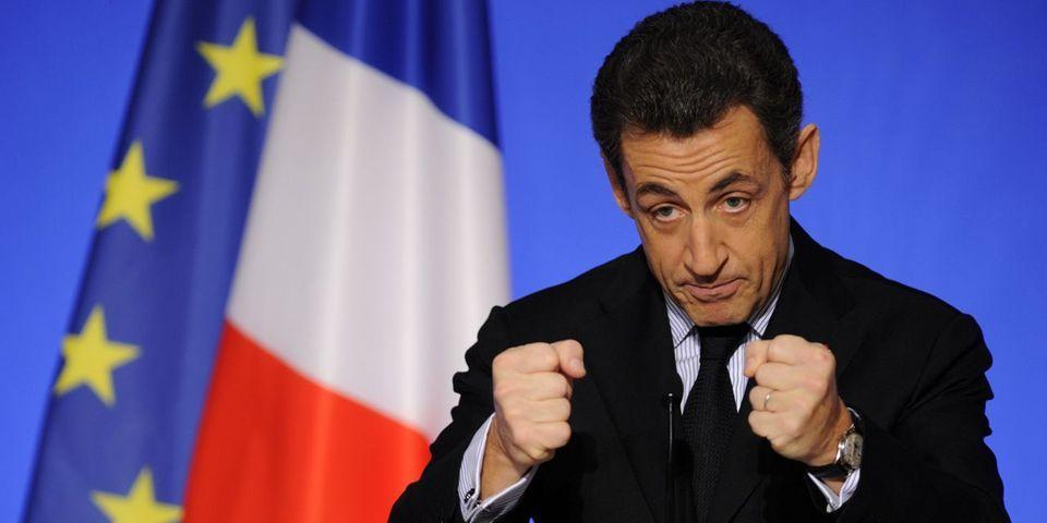 Ca y est, Nicolas Sarkozy revient en politique et annonce sa candidature à la présidence de l'UMP