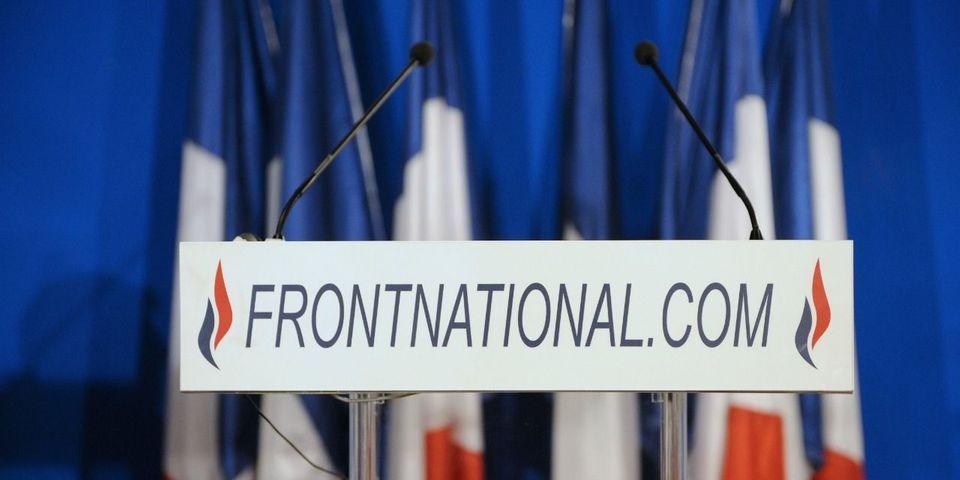 Calvados : des militants FN placardent des affiches avec de la colle et du verre brisé
