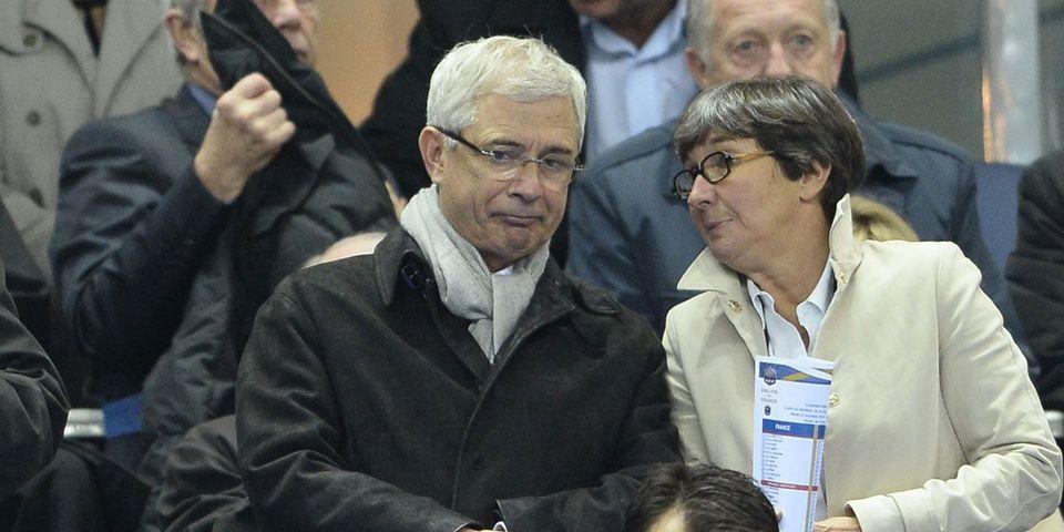 Candidat en Ile-de-France et fervent supporteur de l'OM, Claude Bartolone félicite le PSG