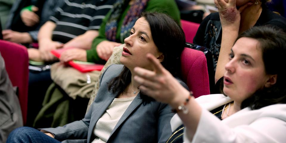 """Cécile Duflot dénonce l'accord grec, """"un crime contre la démocratie"""""""