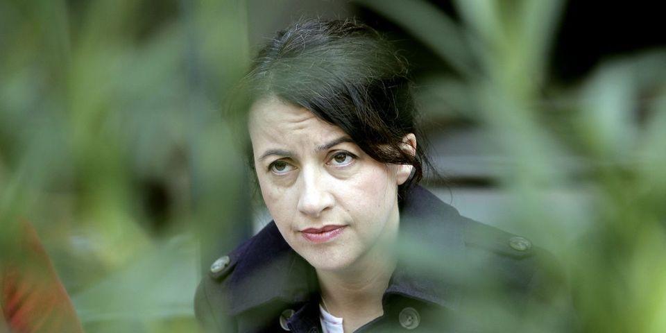 """Cécile Duflot dénonce """"le bal des faux-culs"""" des socialistes sur la règle des 3% de déficits en Europe"""
