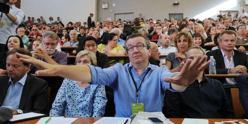 """Christian Paul et les frondeurs ne désarment pas sur la loi Macron et considèrent que l'utilisation du 49-3 """"serait un nouvel échec"""" du gouvernement"""