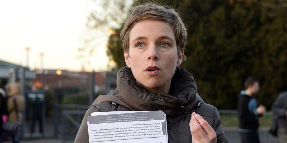 """Clémentine Autain trouve """"regrettable"""" que l'Assemblée nationale ne s'occupe pas de la garde des enfants de députés"""