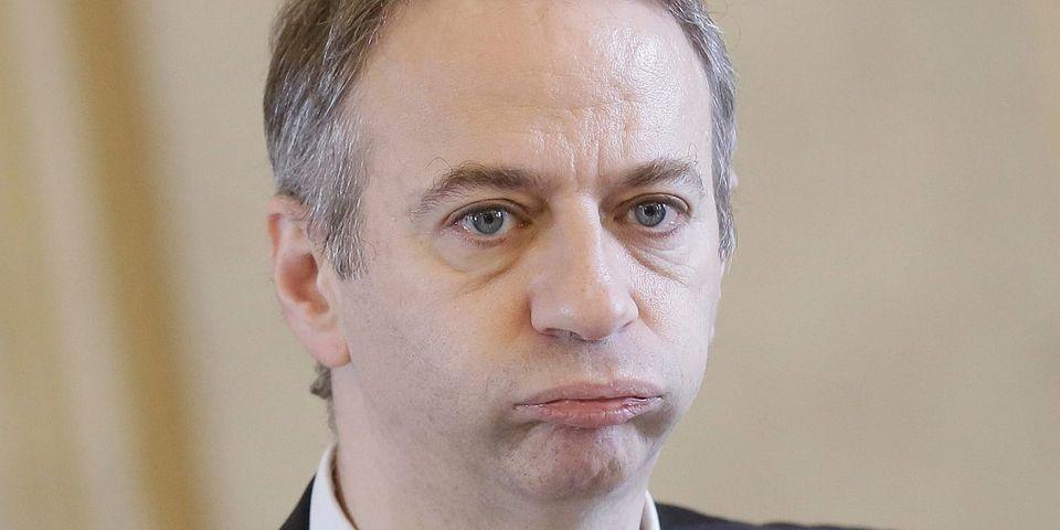 Comme François Hollande à Carmaux, les députés sont critiqués chaque semaine par leurs concitoyens, raconte Laurent Baumel